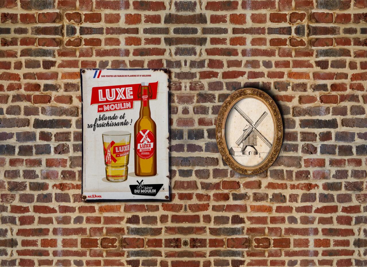 mur estaminet de flandre avec affiche luxe du moulin